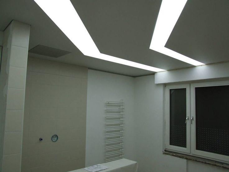 Moderne Badezimmer Bilder: Badbereich. Indirekte Beleuchtung