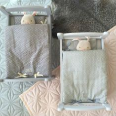 Adorable dolls bedlinen and baby quilts from Cam Cam Copenhagen. All eco-friendly of course :-)