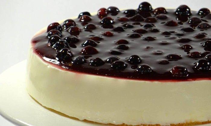 Cheesecake de frutas vermelhas light é opção para adoçar a refeição - Jornal O Globo