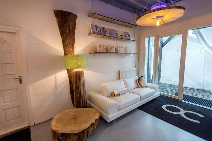... Italiaans design. #boomstamtafels #design #designer #Italiaans #banken