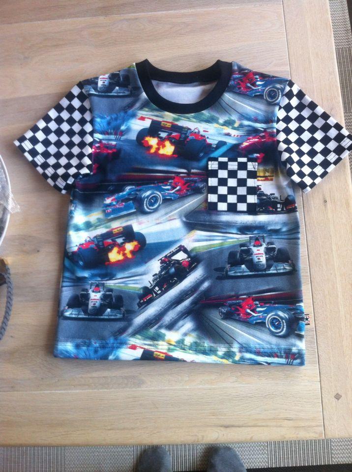 Shirt med racer biler