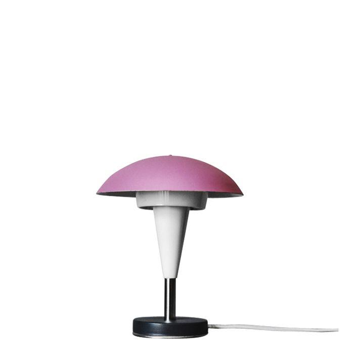 Kultowa lampka epoki PRL wyprodukowana przez Zakłady Sprzętu Oświetleniowego ZAOS na przełomie lat 60-70. Model…