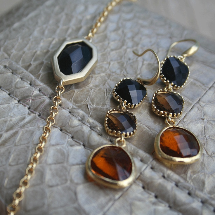 Bracelet and earrings. Set of bracelet and earrings in warm colors.