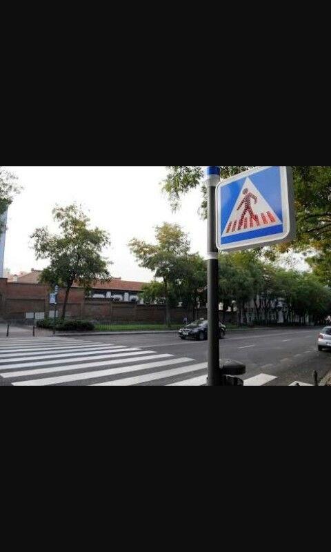 Pedetrian crossing-cruze de peatones
