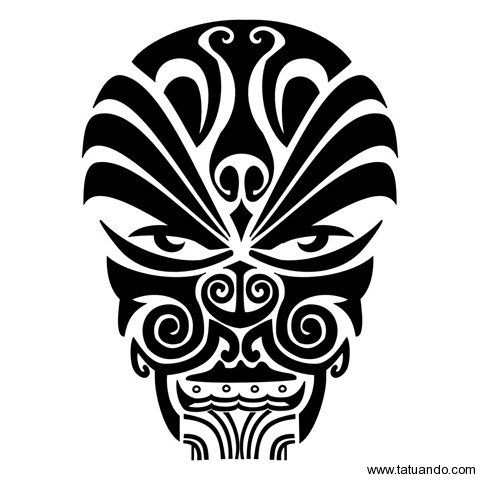 deus Maui - o semi-deus Maui pôs sua canoa no mar para pescar com seus cinco irmãos. Em segredo, atirou na água um anzol mágico: o maxilar de sua avó feiticeira. Usando como isca o sangue de seu próprio nariz, fisgou um imenso peixe que repousava no fundo do oceano.