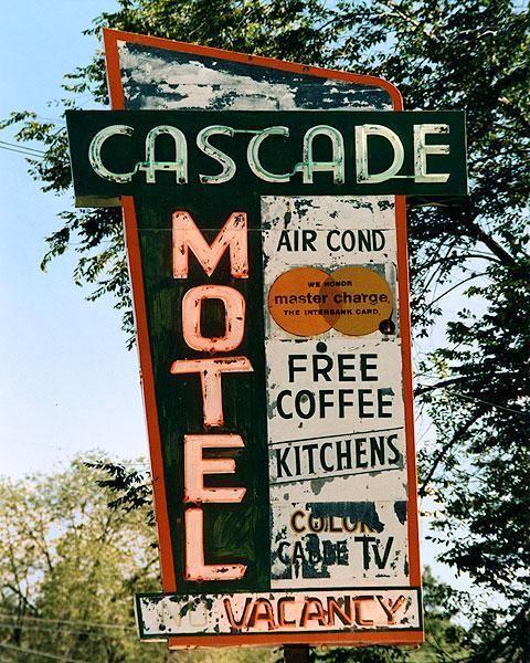 Interior design | decoration | home decor | vintage sign | Cascade Motel, Winthrop, Washington