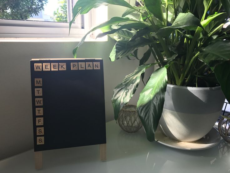 Weekly Plan and Menu Chalkboard Scrabble Frame