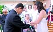 Fantástico - Filha casa em hospital ao lado da mãe que sofre de Esclerose Lateral Amiotrófica | globo.tv