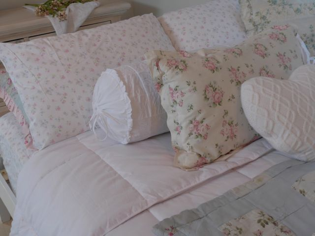 My new Simply Shabby Chic pillowcases, bolster pillow and knitted heart pillow for V-Day