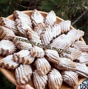 Kahveli Kurabiye Tarifi'nin Malzemeleri 125 gram tereyağı veya margarin Yarım çay bardağı sıvı yağ 1 su bardağı pudra şekeri 1 yemek kaşığı ...