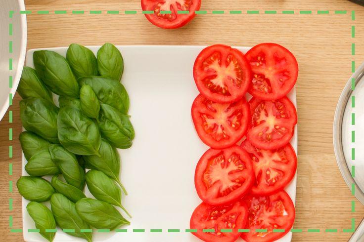 Bazylia i pomidor to najlepszy duet smaków prosto z Italii – wykorzystajcie je do dietetycznych sałatek! ;)