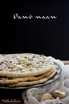 Il pane naan è delizioso per accompagnare qualsiasi piatto, anche se la sua origine è Indiana. Non dovrete nemmeno accendere il forno per cuocerlo.