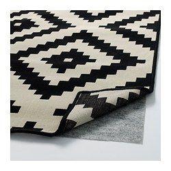 LAPPLJUNG RUTA Perfect voor voor of onder je bed. Zodat je het bed uitstapt met zachte voeten. #IKEAcatalogus