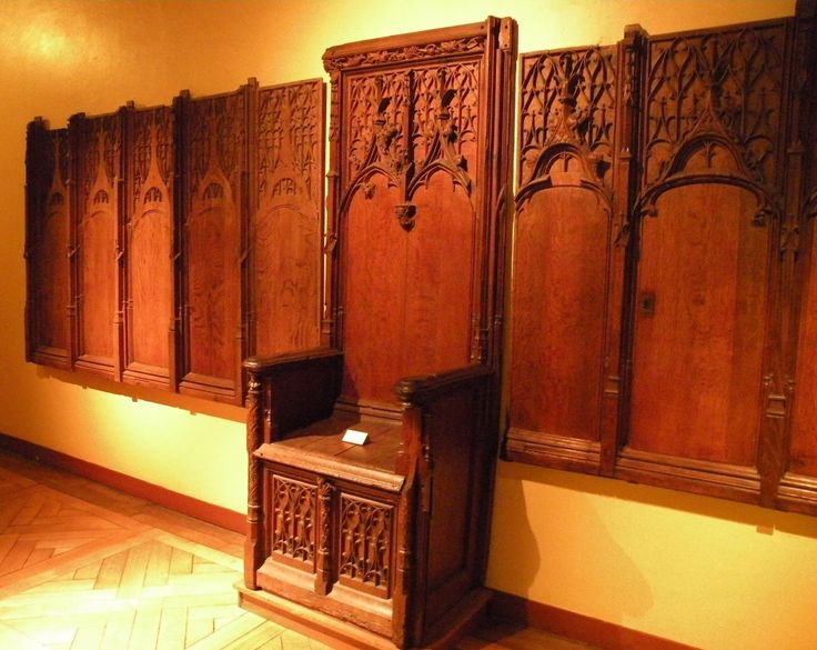 gothic throne and wall panelling m bel sp tmittelalter. Black Bedroom Furniture Sets. Home Design Ideas