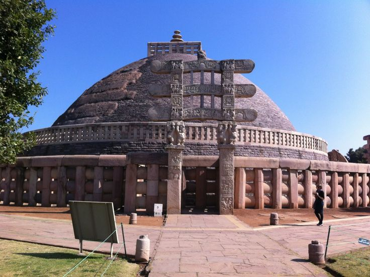 Sanchi Stupas can be regarded as the most amazing place to visit when you are here. Another great place which you must see here is the Archaeological museum present here. There are some innumerable artifacts present here and you can consider checking out this historical place without much ado. The sculptures present here are as old as 2, 000 years and so you can easily get closer to history by coming here. http://www.guiddoo.com/