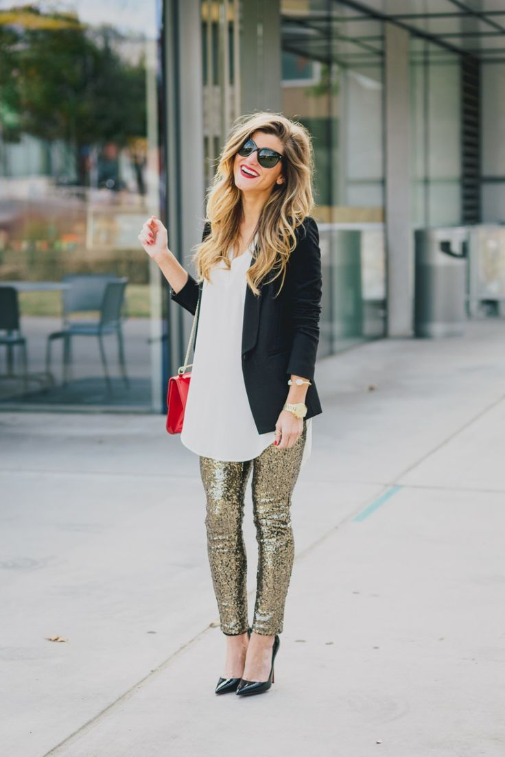 super easy + comfortable outfit for work or weekends.  looks fancy even though it's just gold sequin leggings! #style #fashion #ootd