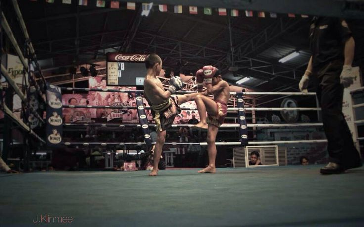 #muaythai Young boys fight at Thepprasit Stadium in Pattaya