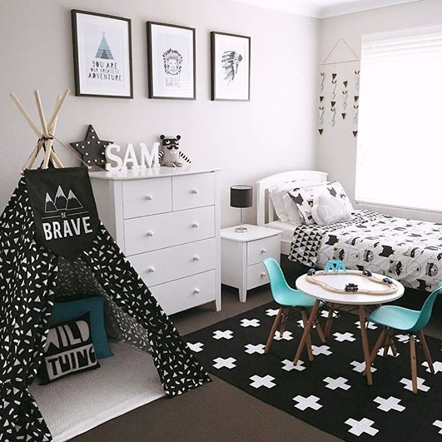 Best 25 boy rooms ideas on pinterest for Black and white vintage bedroom ideas