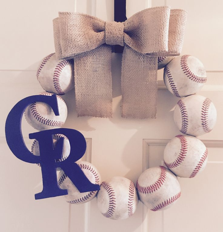 Colorado Rockies Fan?! Vintage Baseball Wreath #baseball #coloradorockies #baseballwreath #baseballlife