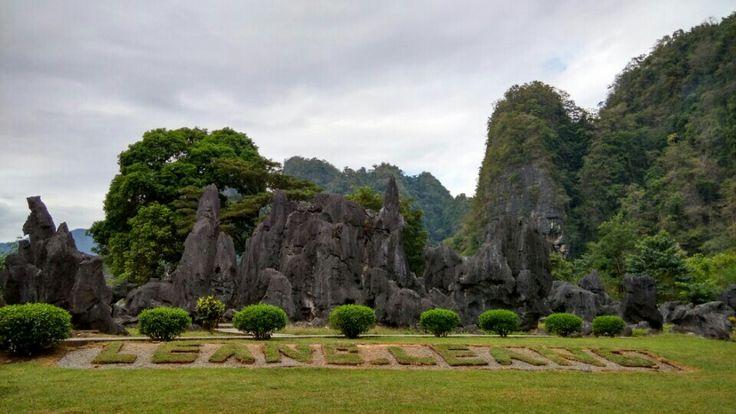 Taman Prasejarah Leang - Leang di Maros, Sulawesi Selatan