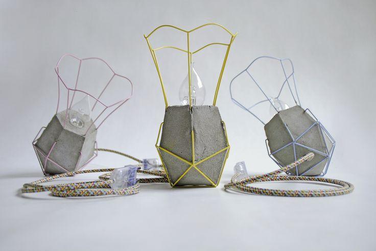 Oma's Lampje is geproduceerd! Alle lampjes zijn persoonlijk door de ontwerper gecontroleerd en kan in drie kleuren worden besteld op http://onderstroom-design.nl/project/omas-lampje/