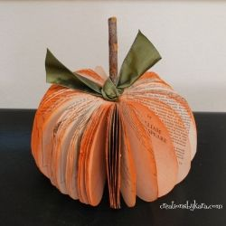 Make fun fall pumpkins out of old paperback books. Easy and cute!