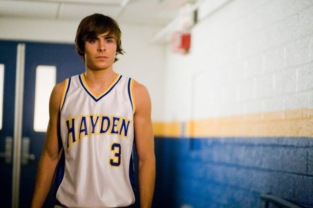 Still of Zac Efron in 17 Again-- He has great hair