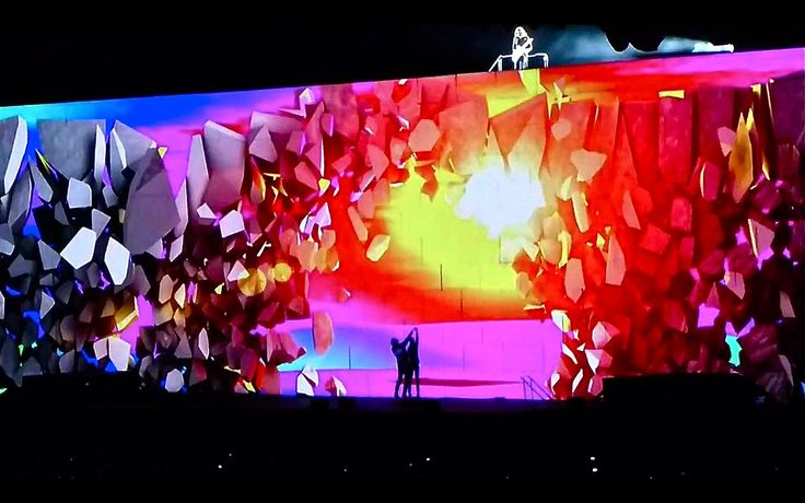 Roger Waters - The Wall Live In San Francisco