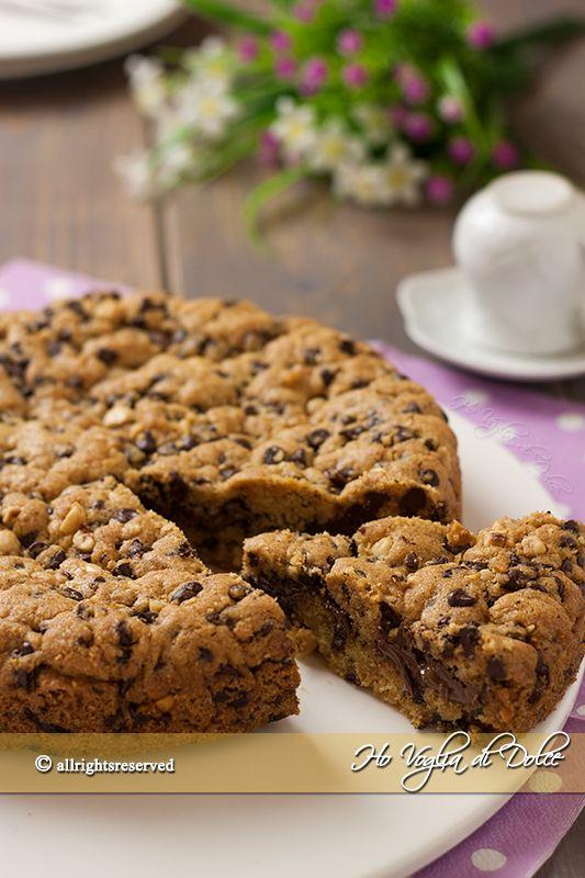 Torta cookie, una versione diversa dei biscotti americani. Una torta veloce e facile da preparare, tutto nel mixer e via in forno.Poche mosse una vera bontà
