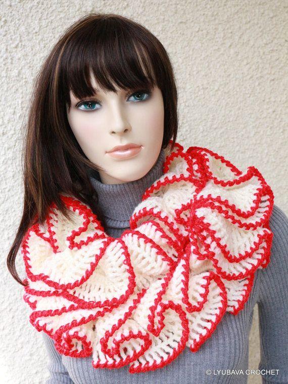 Crochet Ruffle Scarf PATTERN  Christmas Gift  di LyubavaCrochet