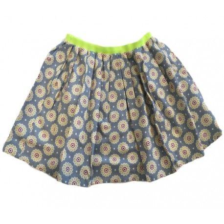 """GONNA A RUOTA BIMBE OTTO BE """"MARGHERITE"""" Gonna a ruota per bambine di Otto Be in puro cotone con il fondo color avio e una simpatica stampa a margherite stilizzate ed un elastico in vita giallo fluo, un capo immancabile nel guardaroba di una bambina. #ottobe #abbigliamentoottobe #gonne #minigonne #skirt #teenager #bimba #bambina #girl #child #kids #junior #teen #clothing #abbigliamento #shopping #fashion #moda"""