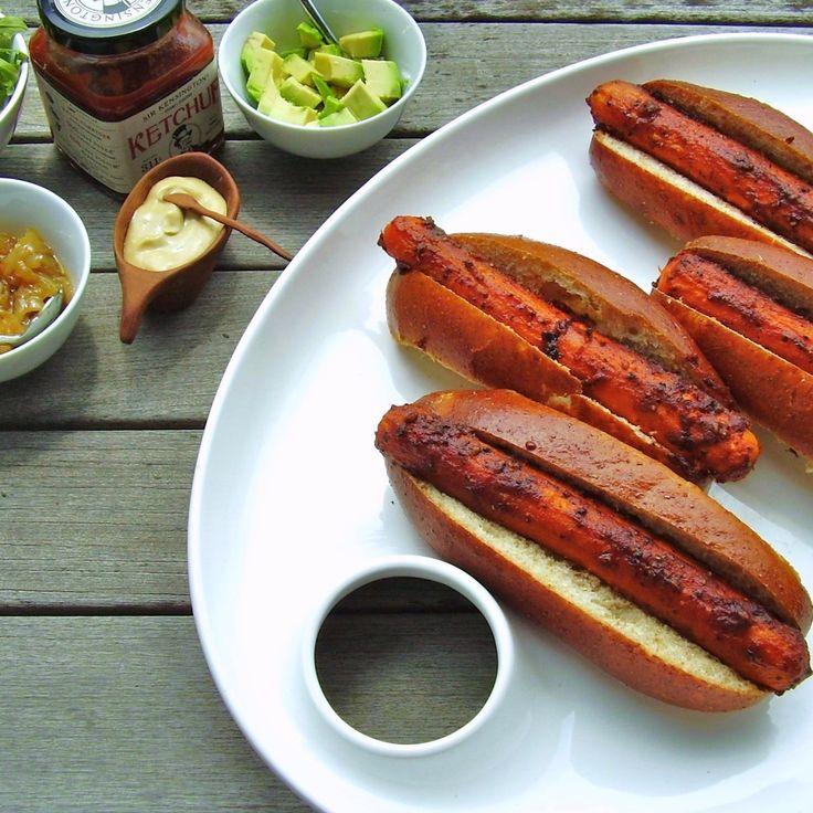 vegan-hot-dog-carrot                                                                                                                                                                                 More