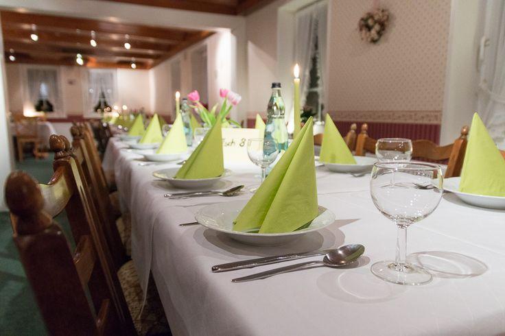schmuck eingedeckt im Gasthaus Schumacher in Eicklingen
