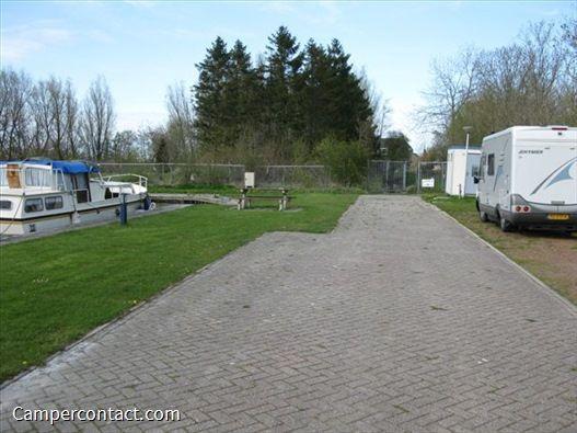 Wohnmobilstellplatz Jachthaven Wommels - Wommels (Niederlande) | Campercontact Empfohlen von http://www.janremo.de