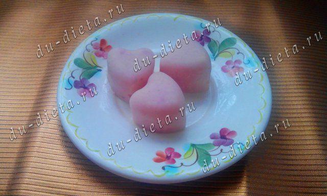Клубничные конфеты из йогурта