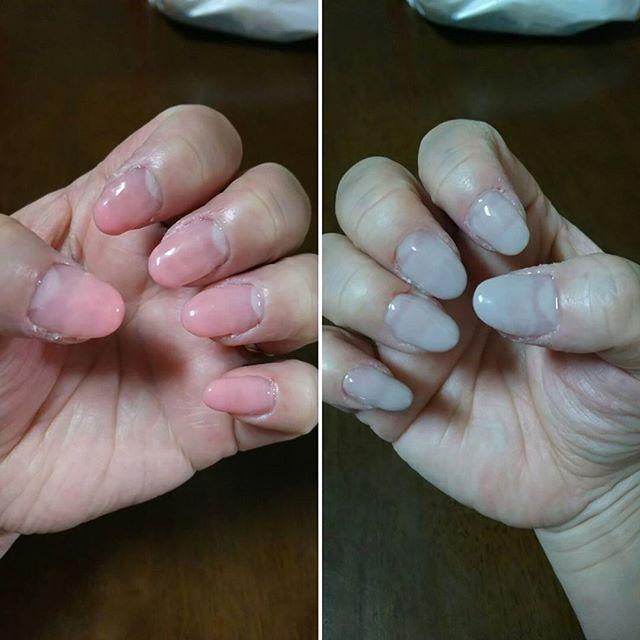 爪復活~🙌なので、久々に昨日夜な夜な塗り塗りしました💅しかし長さが全然ないので爪の先っぽだけのつけ爪をして初のグラデーションしてみました😊素人なので下手くそです😫ピンクの小指がお気に入り💖グラデ簡単なようで難しい😓つけ爪頑丈に固めたつもりだけど・・・取れない事を祈ります🙏取れたら自爪持ってかれちゃう😨爪の周りは乾燥でささくれになってます😰指の腹とかもガッサガサ😭 #ジェルネイル #ジェルネイル💅 #セルフネイル #セルフネイル💅 #グラデーション #つけ爪💅