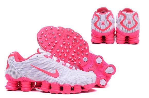 14f28b8a11397 Tênis Nike Shox TLX 12 Molas - Rosa e Branco Gênero Unissex Material de  Forro
