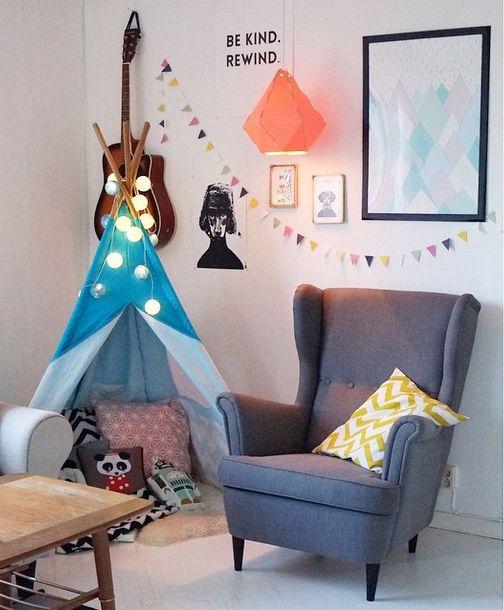Jollyroom flyttar in - såhär fint har @sullkullan på instagram möblerat hemma hos sig med Teepeen från Kidkraft  ♥ #jollyroom #jollyroomflyttarin #inredning #inspiration #barnmöbler #barnvagnar #inredning #inspo #leksaker #Teepee #Kidkraft