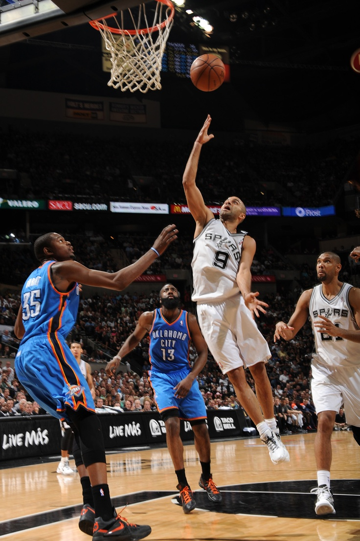 Tony Parker scored 34 points to lead the Spurs to victory over the Thunder tonight at Game 2!