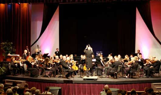 CMO with Maestro Johan Louwersheimer conducting on May 23, 2009 Finale