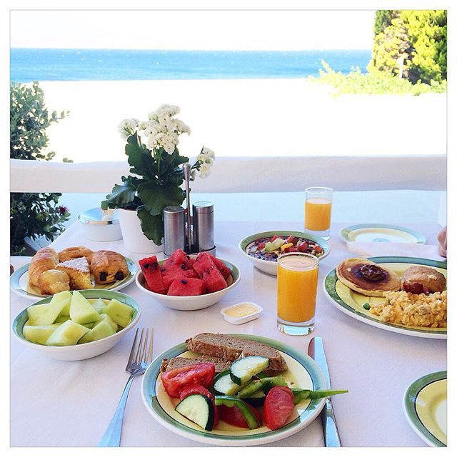 """""""Guten morgen! I #lovedailydose!"""" Our happy guest Vsilvi at Instagram captured this treasured #breakfast moment with us. Why not begin your tomorrow with breakfast on the beautiful blue Aegean?"""
