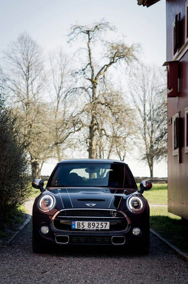 Let your wheels wander. Photo courtesy of Mini Norway and Glenn Røkenberg