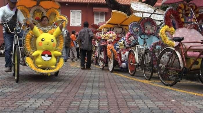Pimped-up pedicabs a tourist hit in historic Malaysian city Decked out with flashing lights and cartoon characters, and pumping out loud music, legions of rickety cycle rickshaws have become a hit with tourists visiting the historic Malaysian city of Malacca. Drivers of the three-wheelers, known locally as trishaws ...