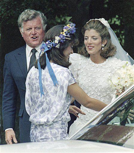Caroline Kennedy Wedding Gown: 17 Best Images About Kennedy Weddings On Pinterest