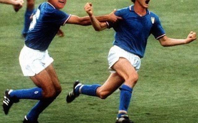Speciale condanna a Berlusconi, foto ironiche dal web! #berlusconi #condanna #satira #travaglio