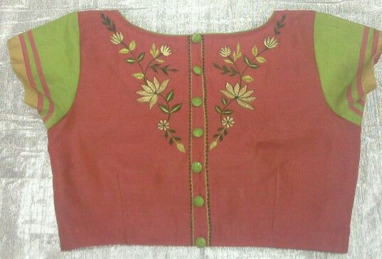 Chandheri blouse with high neck and embroidery 7702919644