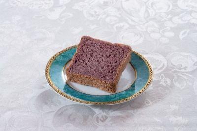 Pâinea violet, un nou superaliment http://antenasatelor.ro/sanatate/leacuri-si-tratamente/8922-painea-violet,-un-nou-superaliment.html