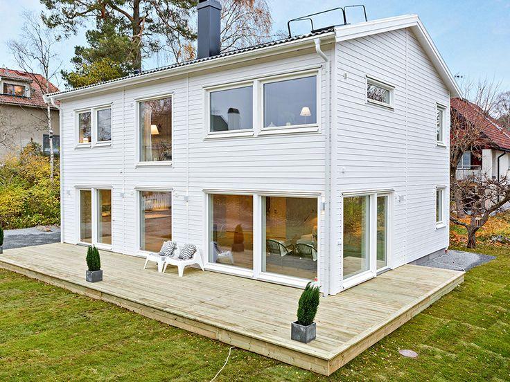 Gavelställt hus för smala tomter - Smart 138 från Myresjöhus