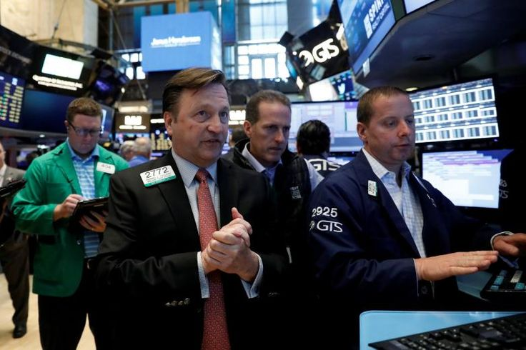 Futures stocks as tech stocks recover; fed meeting in focus