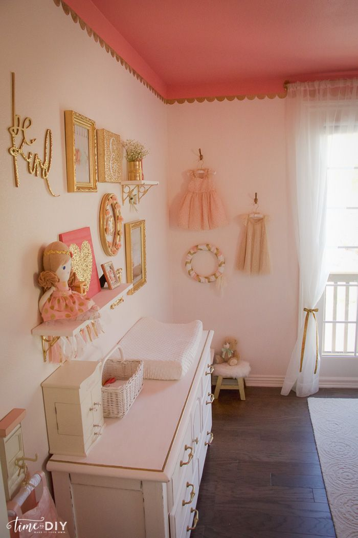 Toddler Room Reveal - Time to DIY